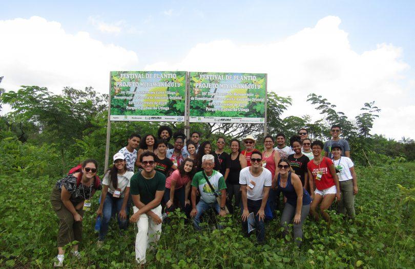 Participantes do XVI Encontro Nacional de Engenharia e Desenvolvimento Social visitam área de reflorestamento no Parque Estadual do Utinga