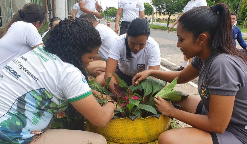Ação promove a criação de Jardim Ecológico.